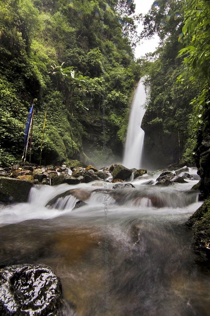 Kanchendzonga Falls